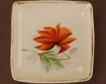ANTIQUE ENGLAND  BUTTER Pat dISH porcelain  signed Orange Flower  2 3/4 x 2 3/4 x 5/8 in tall great condition