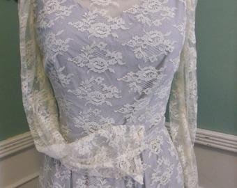 Vintage 50's 60's Lace Dress. Beautiful Lace Wedding Dress. Cocktail Dresss.