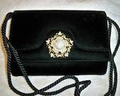 Vintage Black Velvet Evening Purse Jeweled Rhinestone Clasp Handbag
