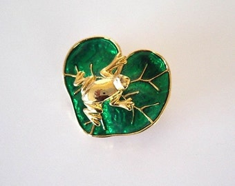 Vintage 1980s Costume Jewelry Pin Frog Lily Pad Gold Color