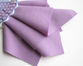 Lilac Wool Felt, 100% Wool, Pure Merino Fiber, Felt Sheet, Light Purple Felt, 1mm Thick Felt, Washable Felt