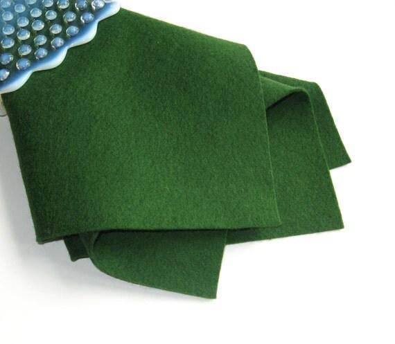 Forest Green Felt, 100% Wool, Choose Size, Dark Green Felt, Craft Sewing Supply, Waldorf Handwork, Wollfilz, DIY Felt Craft, Nonwoven Wool