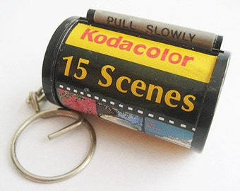 Vintage Kodak Kodacolor 35mm Film Roll Keychain - Souvenir Memories of the Bahamas