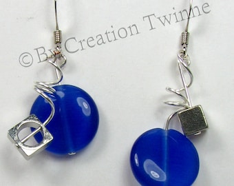 royal blue earrings,  spiral earrings, contemporary,bridesmaids gift,wedding favors, funky jewelry,urbain asymmetrical earrings, mother gift
