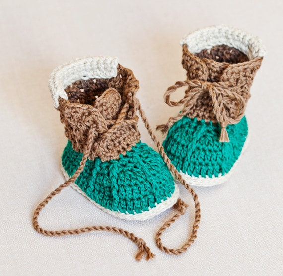 Crochet PATTERN - Crew Boots
