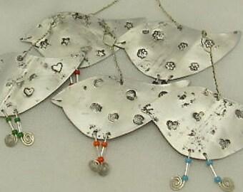 Tree Ornaments. ROBIN Ornaments. Silver Tin Bird Ornaments. Christmas Robin Ornament. Bird Ornaments