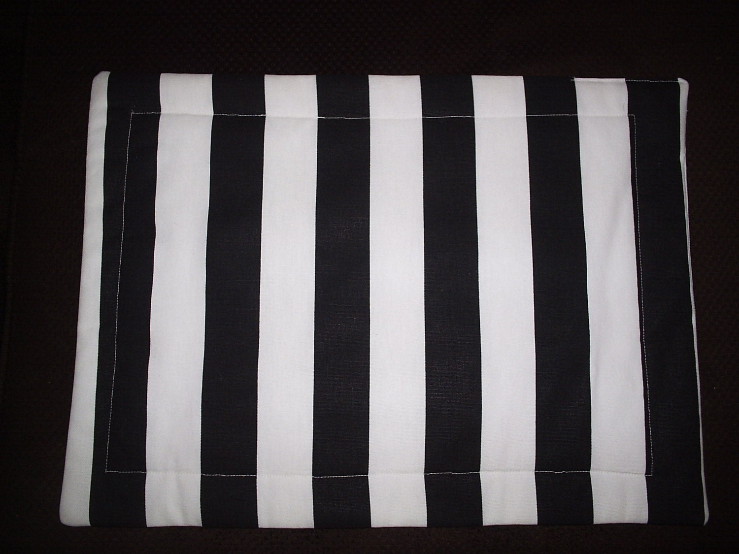 set of 4 black and white cabana striped placemats by longrunners. Black Bedroom Furniture Sets. Home Design Ideas