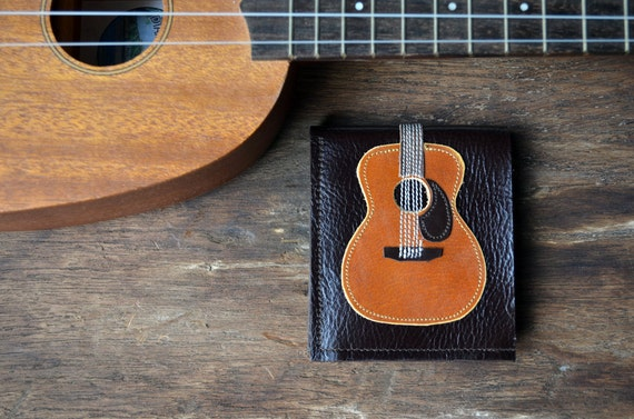 Free!! initials stamp Men Wallet Acoustic guitar wood color