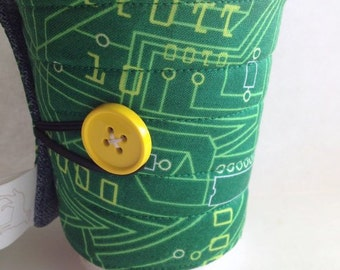 Coffee Cozy / sleeve, quilted fabric Green Circuit board