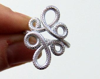 Loop De Loop Adjustable Ring