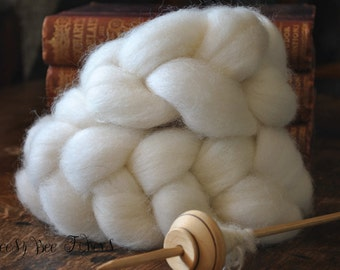 Undyed Natural White Finn Combed Top Wool Roving Spinning Felting fiber - 4 oz