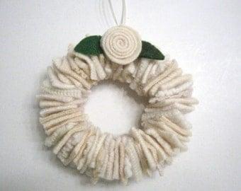 Cream Wedding Wreath Wedding Decoration White Felted Wool Christmas Ornament Nursery Decor Baby's Room Wall Decoration 374