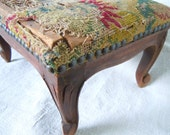 French Shabby Chic NEEDLEPOINT FOOT STOOL Great Look Style Classic Nailhead Accent French Provencial