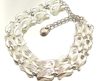 Bold Silver Tone Link Necklace Modern Vintage Look Thick Chain