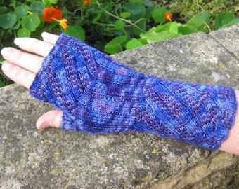 Fingerless Mittens - Fingerless Gloves -  Hand  Warmers - Wrist Warmers.  Hand knit. Val355. FREE SHIPPING