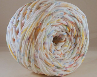 T shirt Yarn- Graffiti