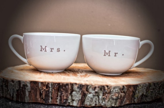 mr and mrs wedding coffee mugs his and hers. Black Bedroom Furniture Sets. Home Design Ideas