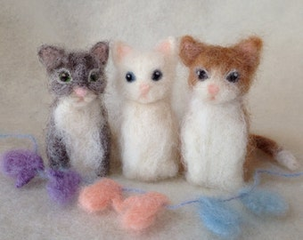 Three Little Kittens Needlefelt Finger Puppets