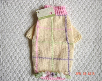 Sweet Dog Sweater, Hand Knit Pet Sweater, Full Length, Size SMALL, Patches Cream