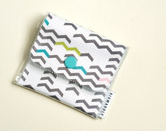 Change Wallet - Geometric Arrows