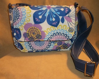 Purse with Flap Shoulder Small Bag Crossbody Bag Retro Floral Blue Purple Teal Pockets