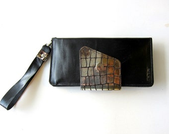 Leather Wallet Clutch - Optional Wristlet - Unique Textured Leather Accent