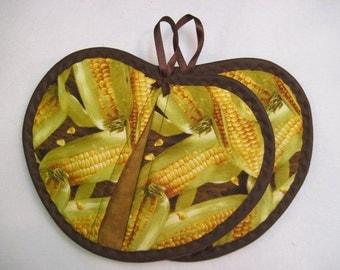 Potholder / Hot pad set / Heart shaped  Corn on the Cob