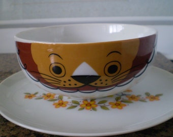 Adorable Vintage Hallmark Jungle Safari Saltera Lion  Bowl and Plate SET OF 2 Circa 1976