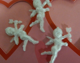White Cupids (3)