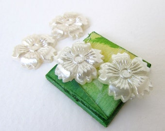 Vintage Plastic Flower Cabochon Ivory Pearl Daisy Petal 17mm pcb0276 (6)