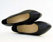 Zodiac Pointed Toe Black Leather Ballet Fatform Flats 5.5