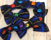 Pac Man Video Game Fabric Hair Bow, Girls Hairbow, Bow Tie