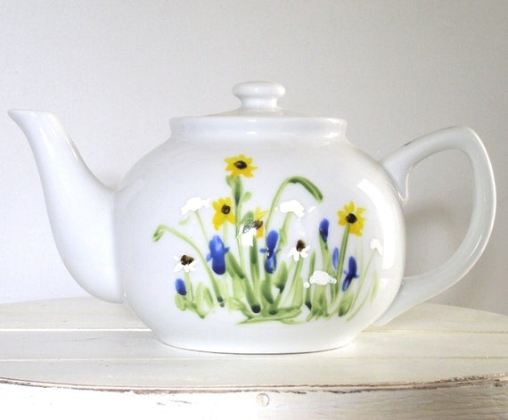 hand painted tea pot creamer and sugar set