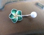 Belly Button Ring, Green Hawaiian Flower Belly Button Ring Hawaii Plumeria Navel Stud Jewelry Bar Barbell Piercing Tropical Hibiscus