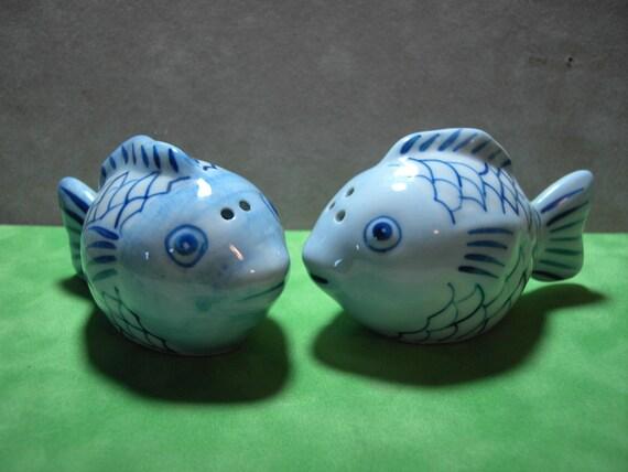Vintage ceramic blue fish salt and pepper shakers by for Fish salt and pepper shakers