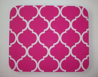 Mouse Pad mousepad / Mat - Rectangle or round - Trellis in pink