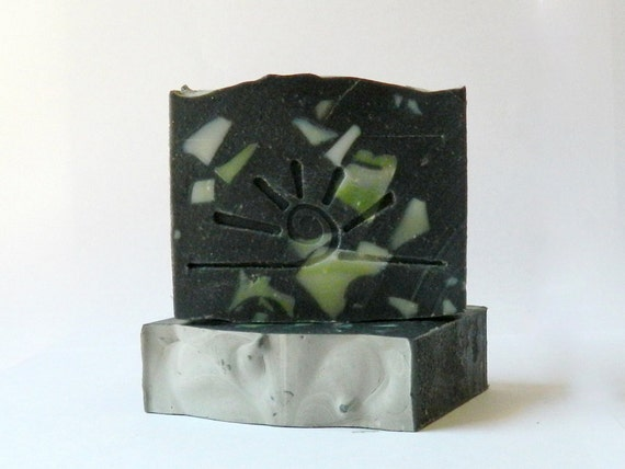 Ginger Lime Verbena / Black Soap / SOLEIL activated charcoal soap