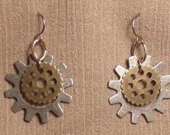 Steampunk gear earrings, mixed metals. 061418