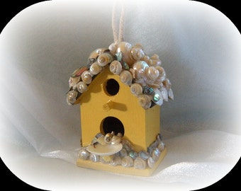 Fun in the Sun Seashell Birdhouse