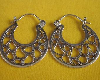 Balinese Sterling Silver Hoop Earrings / silver 925 / Bali handmade jewelry / 1.2 inch long