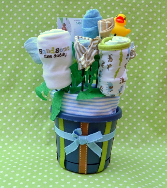 Baby Boy Unique Shower Gift, Safari Baby Shower Gift, Jungle Baby Shower, Safari Animal Theme, Creative Baby Gift Basket with Layette Items