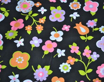 Vintage Fabric - Mod Flowers on Black Broadcloth - 45 x 37