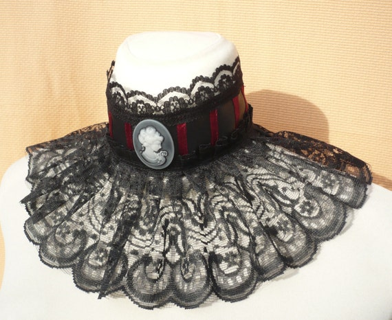 LAST ONE Gothic Victorian Collar Lady Cameo, Carnival Neck Ruff, Black Burgundy Steampunk, Halloween Neck Piece, Wedding, Corset Tie,Choker