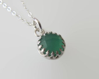 Sterling Silver Necklace, Green Onyx Necklace, Gemstone Necklace, Crown Necklace, Pendant Necklace, Jewelry, Gift