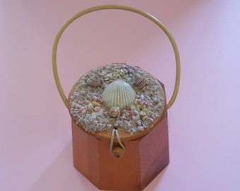 1950's Vintage Seashell Embellished Wooden Box Purse So Perfect