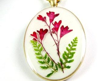 Wildflowers in Pink, Pressed Flower Pendant, Real Natural  Flowers in resin  (1350)