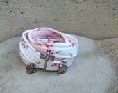 RESERVED FOR ANNAMARIA Romantic bracelet in pink and white patchwork recycled fabric with roses and charms