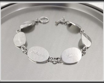 Personalized Sterling Silver Oval Family Bracelet, Mothers Bracelet, Grandmothers Bracelet, Silver Monogrammed Bracelet, Silver Name