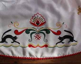 Norwegian Half Apron with Black Cats and Folk Print Hilsen fra Norge