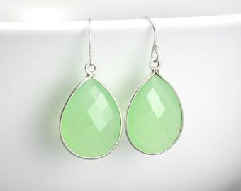 Minimal Green Earrings - Green Girlfriend Earrings - Friends Gift Earrings - Dainty Crystal Earrings - Minimal Crystal Earrings - Sea Foam